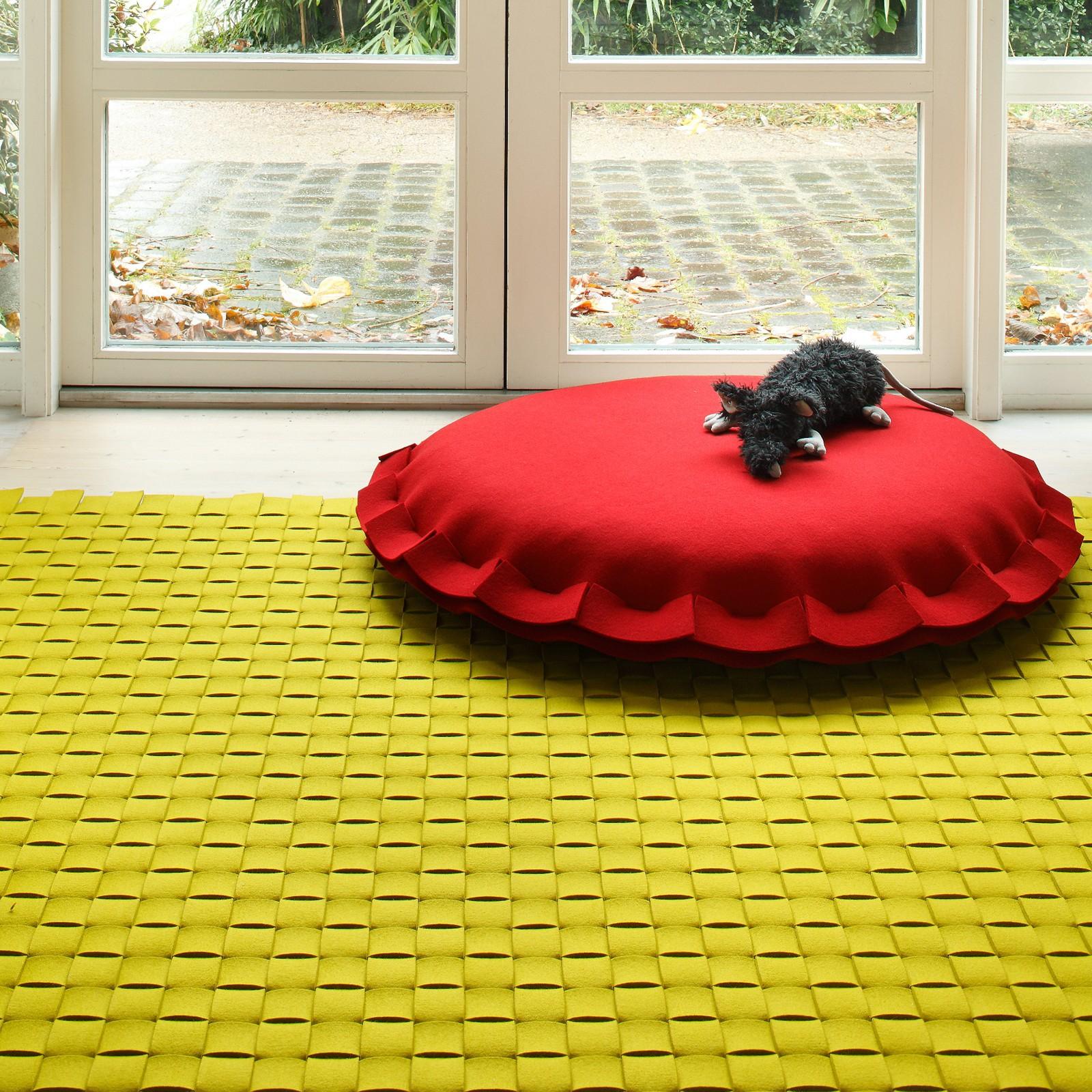 168337 30047 geflecht v teppich aus 10 cm streifen vie 1.jpg